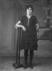 04-1924-iskece-halil-aganin-kizi-sabriye